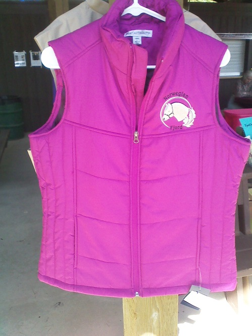 Berry Puffy Vest - XXL
